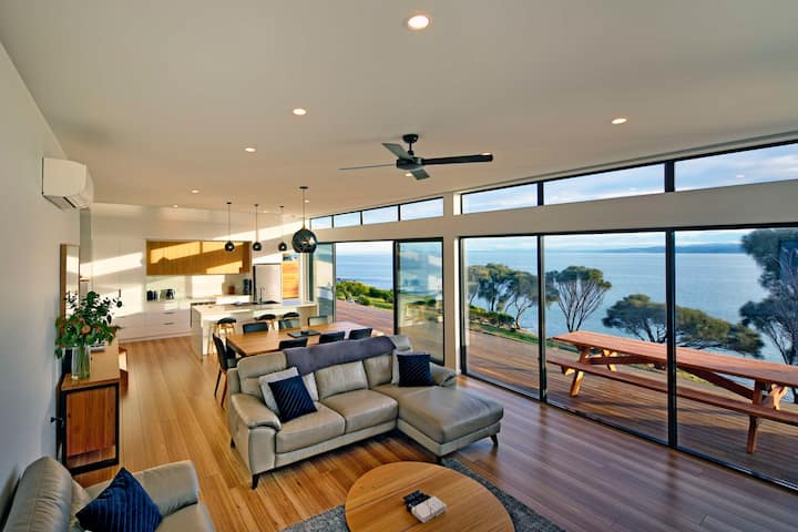 Freycinet Coastal Retreat