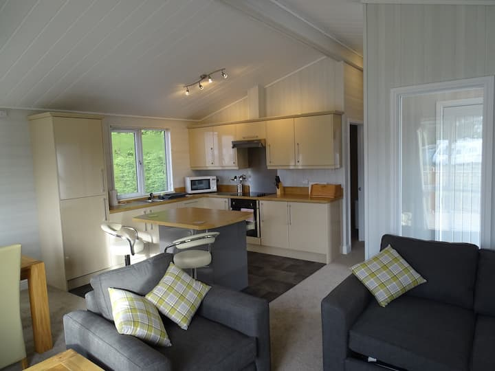 Two Bedroom Lodge 8