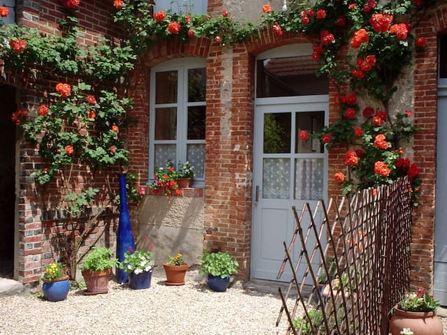 Charmant studio en Champagne. - GERMAINE - Appartement