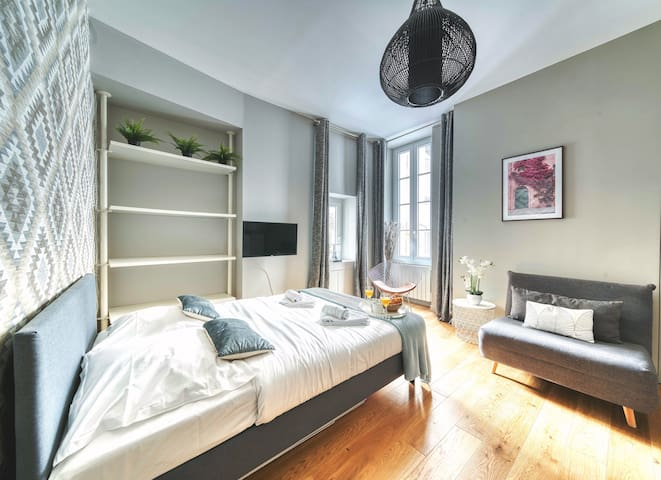 Lovely Apartement - Saint-Germain-des-Près (2063)