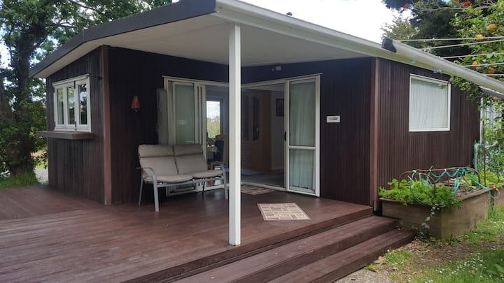 Oaks Cottage near City / German & English spoken