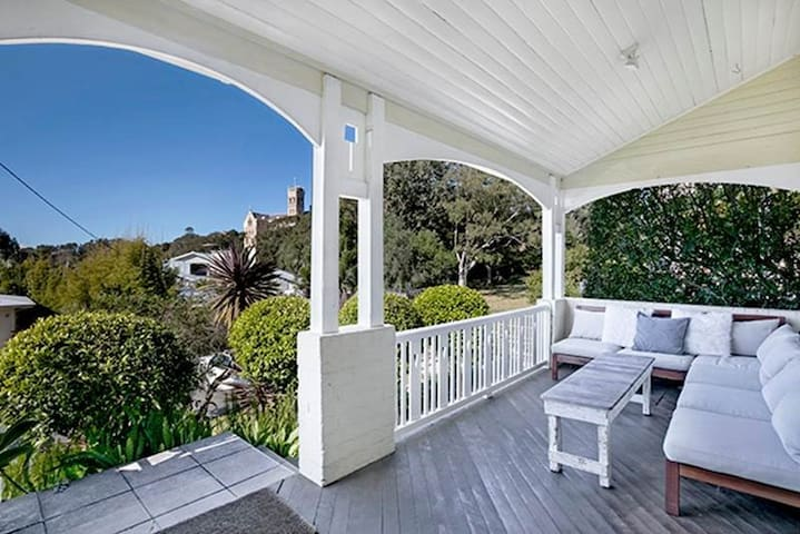 Charming Leafy 3BR Home, Walk To Manly Beach FAB05 - Manly - Apartament