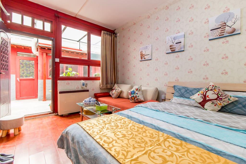 卧室(1.8米*2米床)