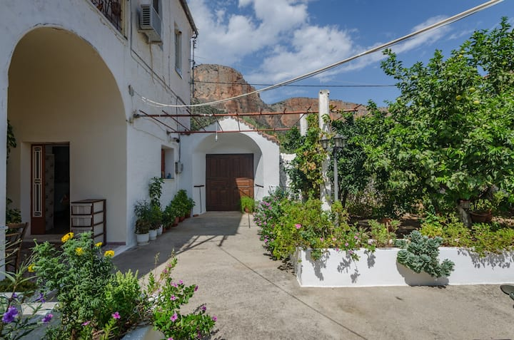 Irini and Petros House