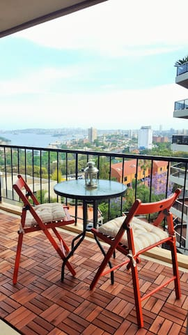 Private room, perfect location, great harbour view