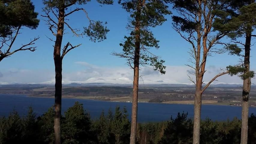 Inverness Accommodation-In quiet location