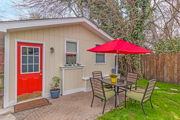 Enjoy the outdoors with adjacent patio furniture and outdoor grill.