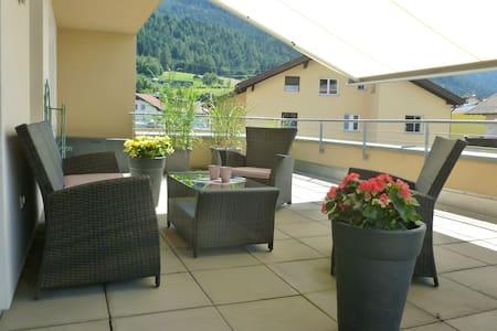 Moderne Dachterrassenwohnung Nähe Innsbruck - Lakás