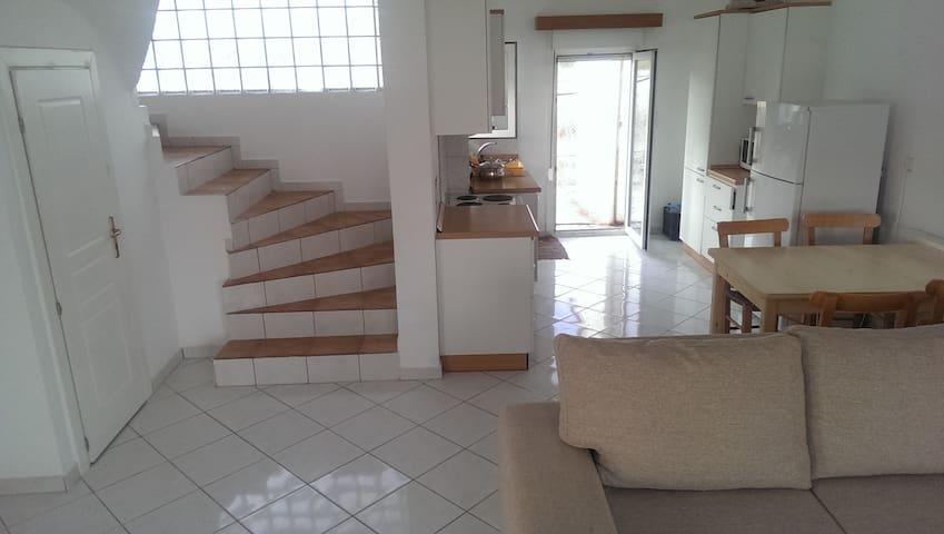 Spacious 3-bed maisonette in the south of Crete - Kentri, GR - Huis