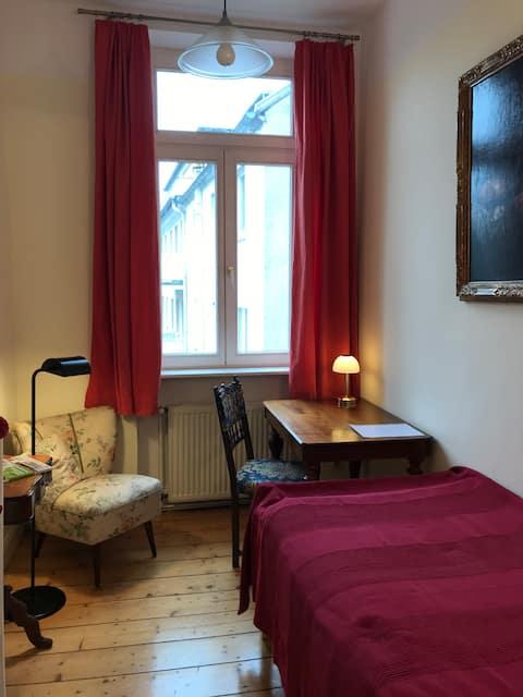 comfort private room in Südstadt