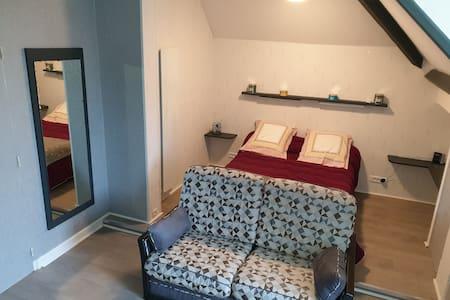 Une chambre chez madame Loïc