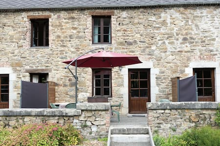 Lush Cottage in Vireux-Wallerand with Terrace