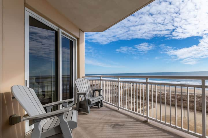 Gateway Grand 310 - Oceanfront with Great Views, Luxury Resort Amenities!