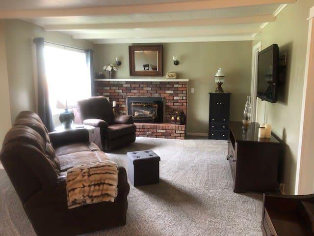 Main living area w/ TV