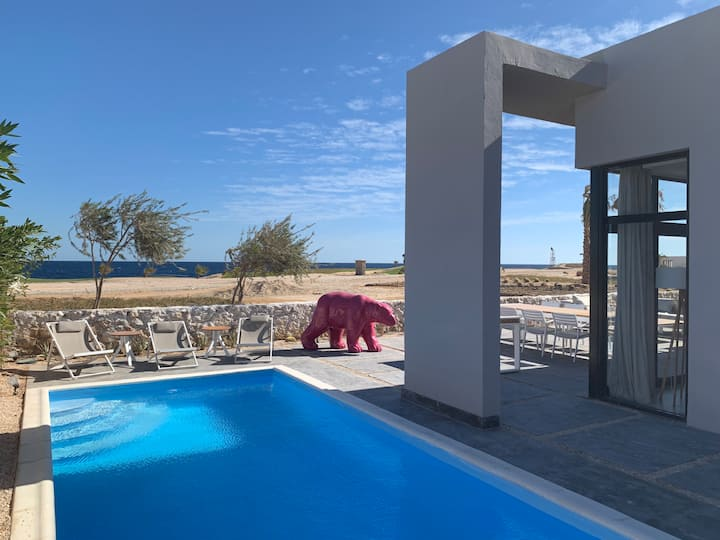 Golf and Sea View Villa with pool in Soma Bay