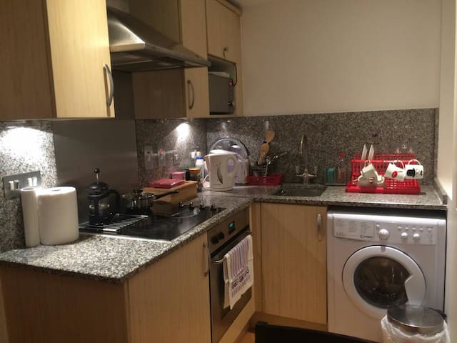 Cute Apartment in Top Location, Tower Hill
