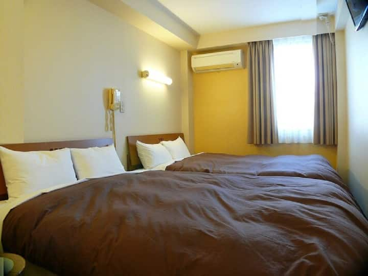 1 station to TDR/Double *Double Room+Breakfast