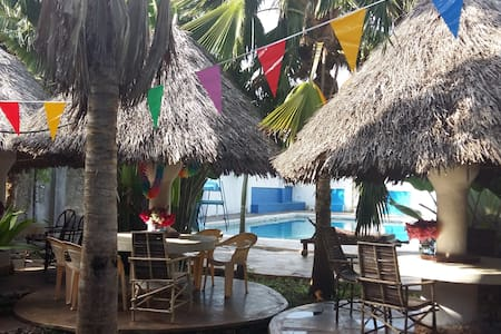 Safe budget accommodation with pool! - Diani Beach