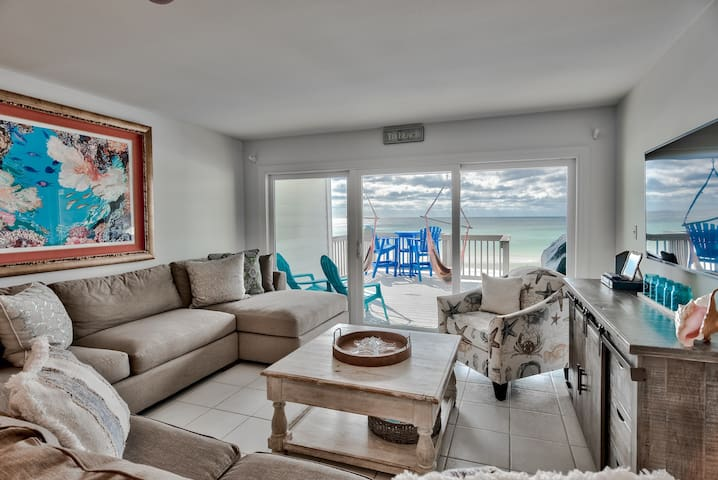 Waterside Dreams   Beachfront   Newly Remodeled