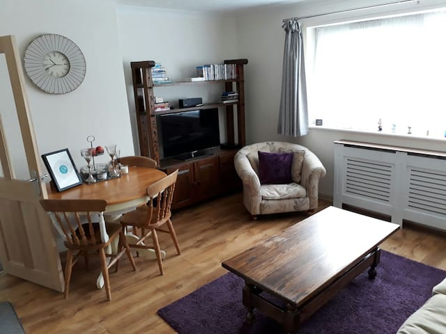 Spacious 2 bed apartment Hampton in Arden