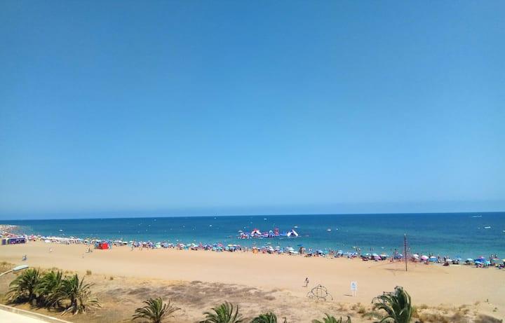 Estudio Privado en 1ªLínea de Playa