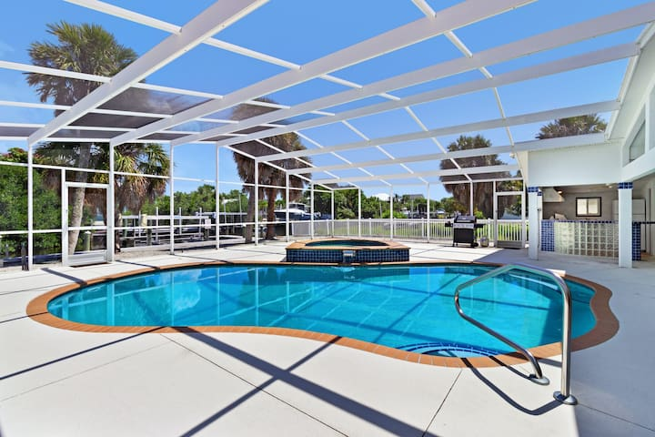 Incredible, spacious home with a private heated pool - close to the beach!