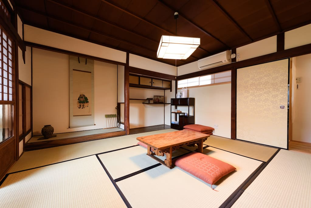 Another angle of our guest room passed through more than 100 years (Japanese Traditional style Tatami-mat room with alcove and veranda)