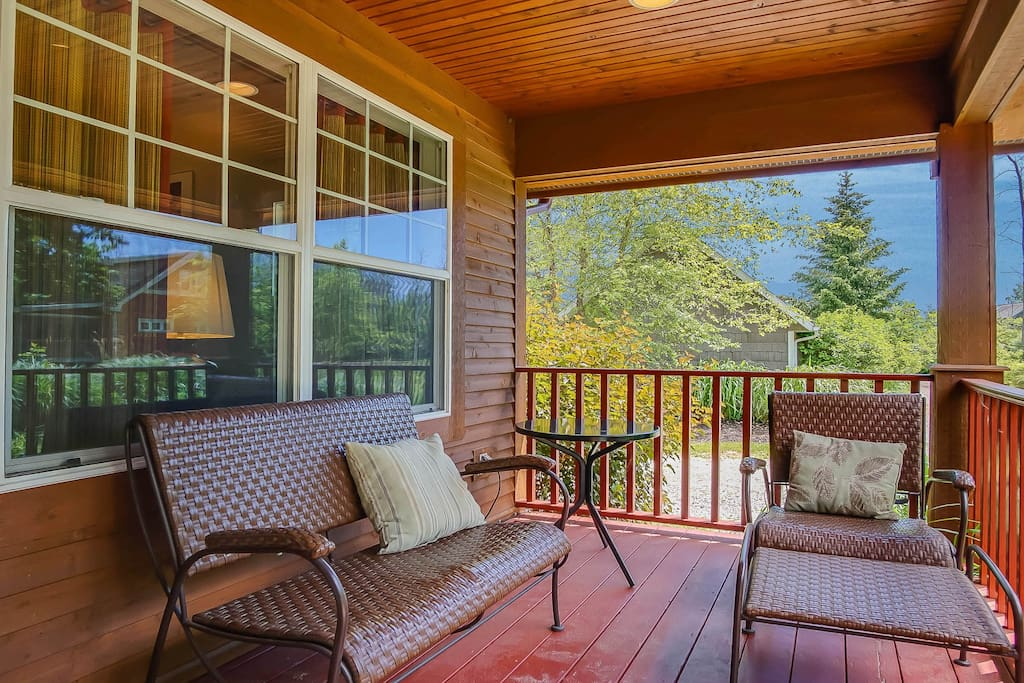 Relax on the cozy front porch.