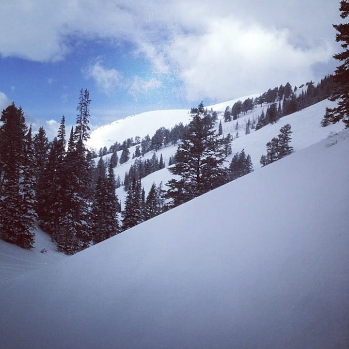Ski In-Ski Out on the legendary Powder Mountain!