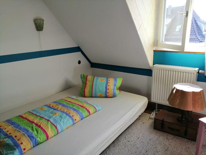 schnuckelige Wohnung 2 Zimmer mit  Achalmblick