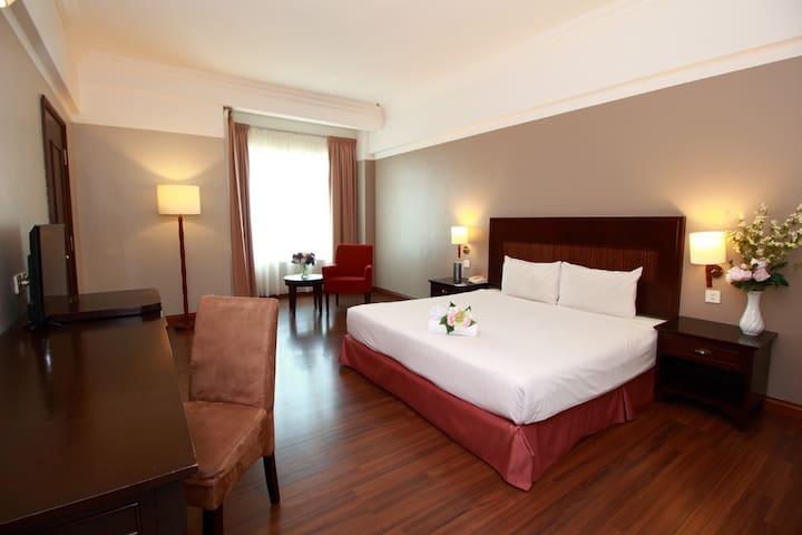 GRAND KAMPAR HOTEL DELUXE KING