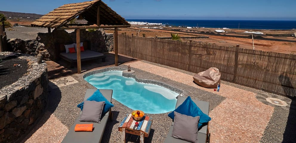Palacio Yurt, Private Pool,  Sea View, Sandy Beach