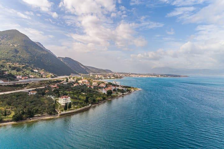 OIKIA FILOXENIA, Villa with private beach