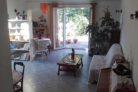 2 Chambres dans cadre de verdure paisible - Cournonterral
