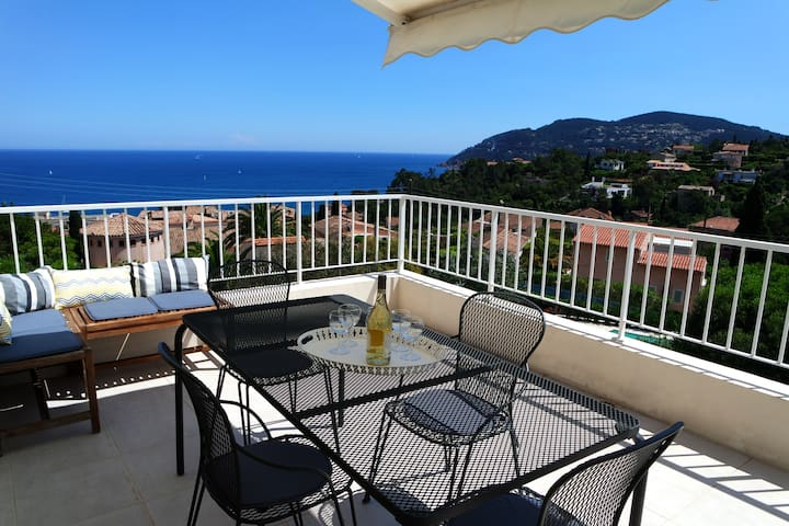 House with sea view Near Cannes  - Mandelieu-la-Napoule - Villa