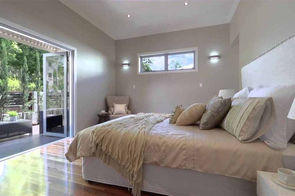 Main Bedroom opens out to a private veranda upstairs