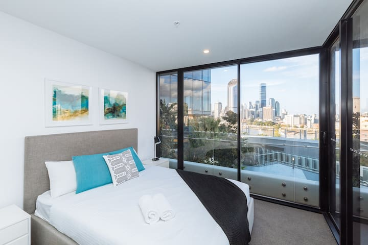 ☆River View SouthBank☆ 1 bed apt @ best location