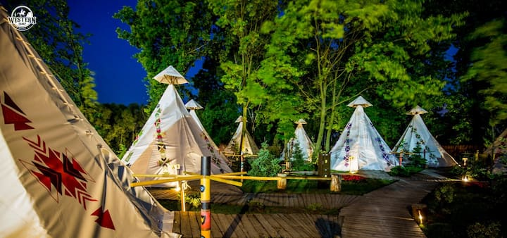 Western Camp - Tipi