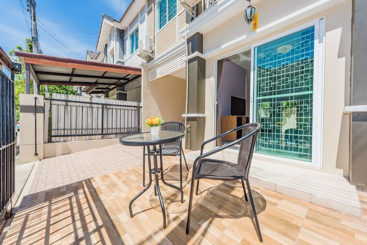 Cozy house 3BR close to beaches and airport - Phuket - Townhouse