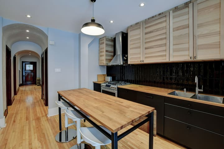 Fully renovated Modern, spacious 3 bedrooms in NDG