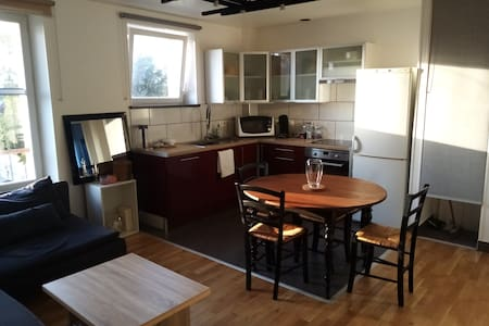 Family Flat at Aunay sur Odon