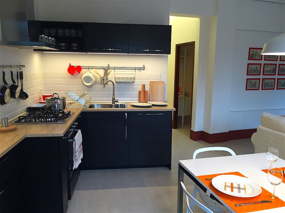 Modern Kitchen, Fully Equipped