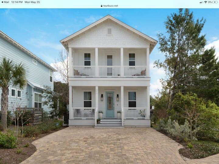 New contemporary Florida Beach House near Rosemary