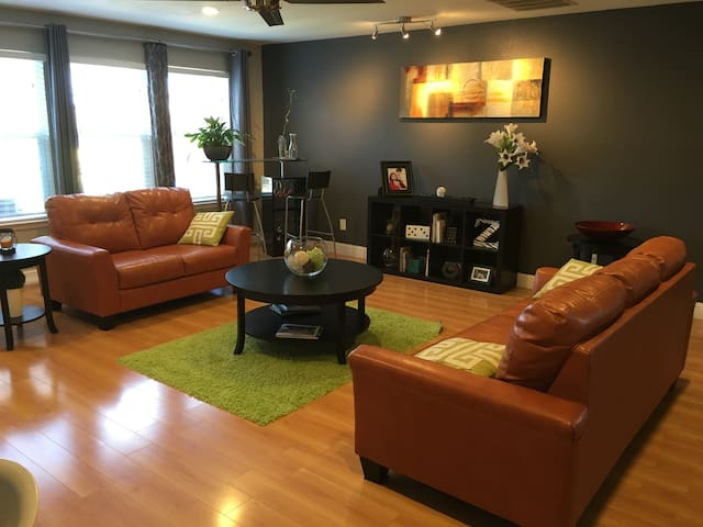 Great cozy room - Downtown Dallas 20 min - Balch Springs - Huis