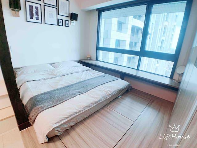 [Life House]-捷運電梯大樓 西門町三站抵達 Best Location 3minsMRT