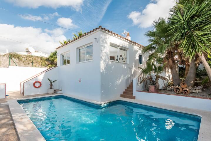 Villa con piscina privada en Calan Porter