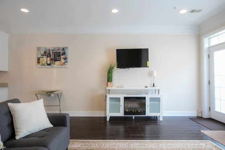 Rest area TV