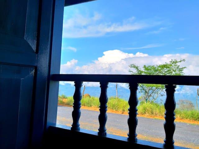 Casa Achirana - Frente al Mirador