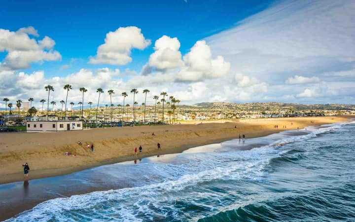 Mins to Newport Beach | Walk to S Coast Plaza