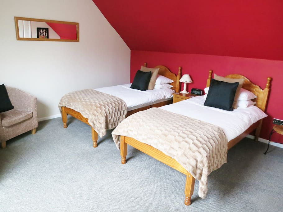 Twin room with comfortable beds